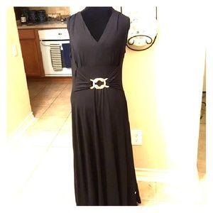 NWOT Liz Lange Maxi Dress
